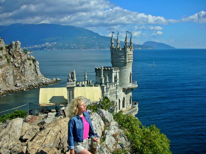 The Swallow's Nest castle on Black Sea coast