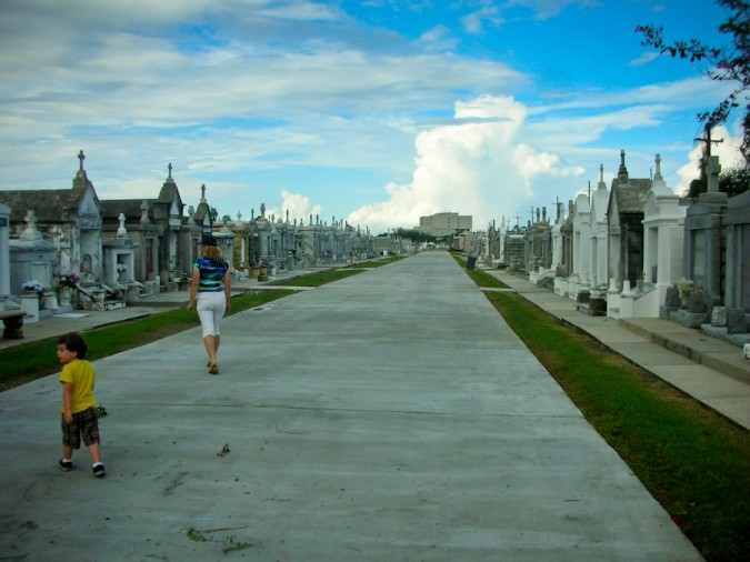 A stroll in the cemetery, New Orleans style