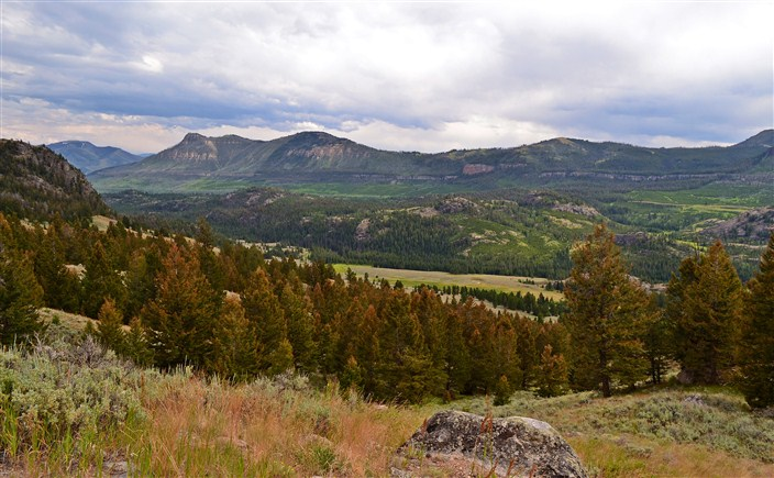 A vista around every bend on the Beartooth
