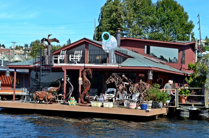 Houseboat metal sculpture museum