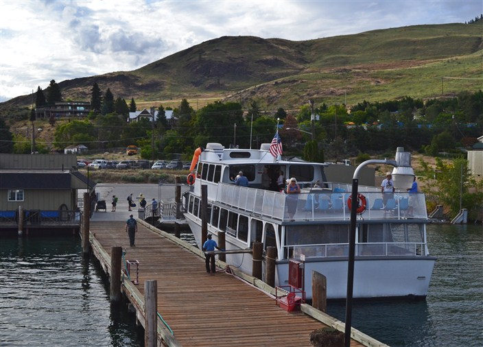 Leaving the dock in Chelan