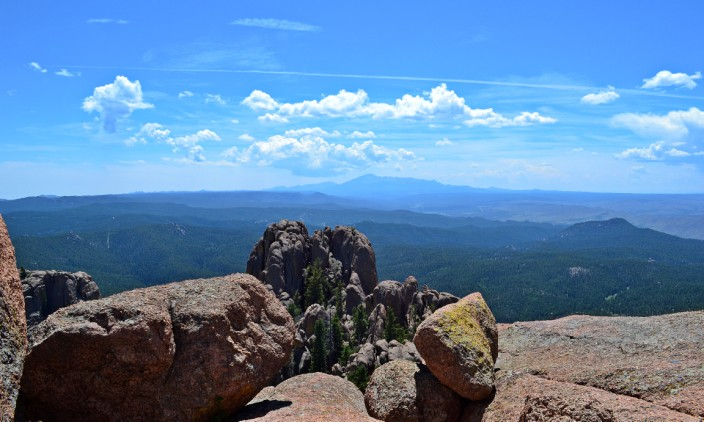 Looking south, that bump on the middle horizon is Pike's Peak