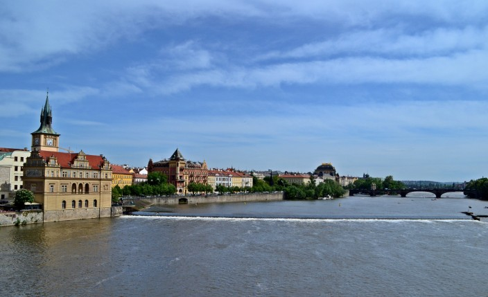 (Looking upriver from Charles Bridge