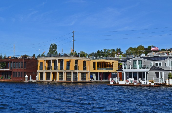More houseboats of Lake Union - or is this Venice ?