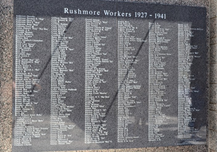 Plaque honoring all the workers