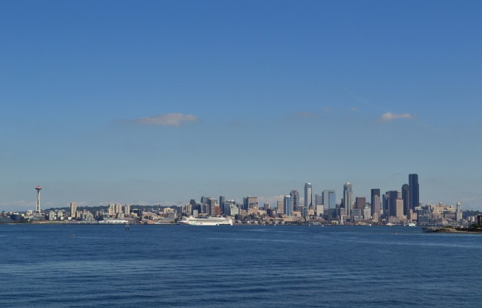 Seattle skyline in the summer sun