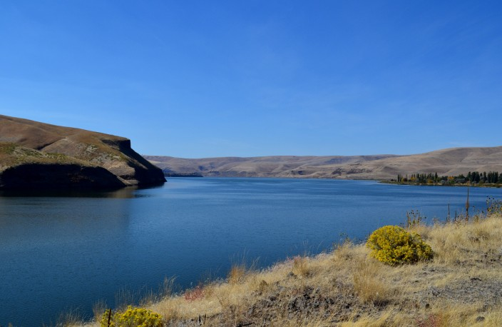 Snake River - big water in a dry land