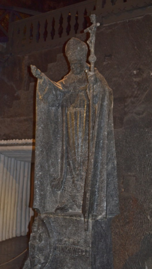 Statue of Pope JP2