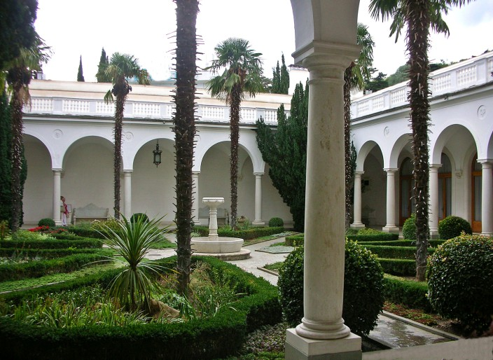 The Italian Courtyard