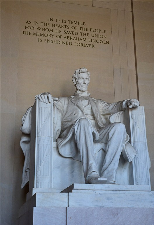 The Lincoln sculpture inside the monument